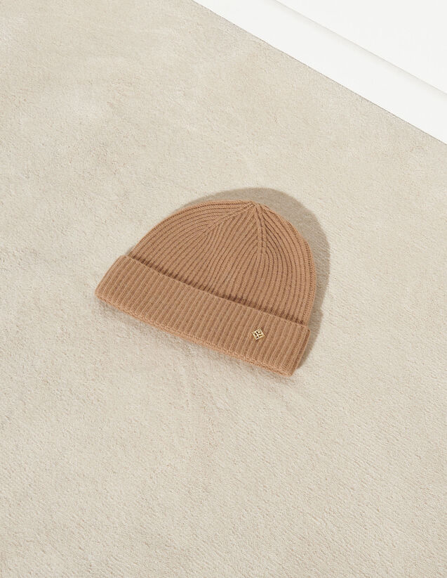 Cable Knit Beanie : Other accessories color Ecru