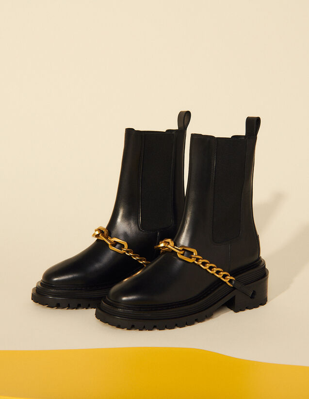 Ankle Boots With Notched Sole And Chain : Boots color Black