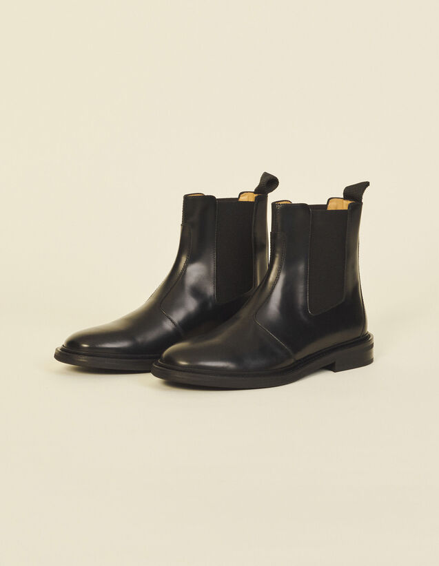 Smooth Leather Boots : Shoes color Black