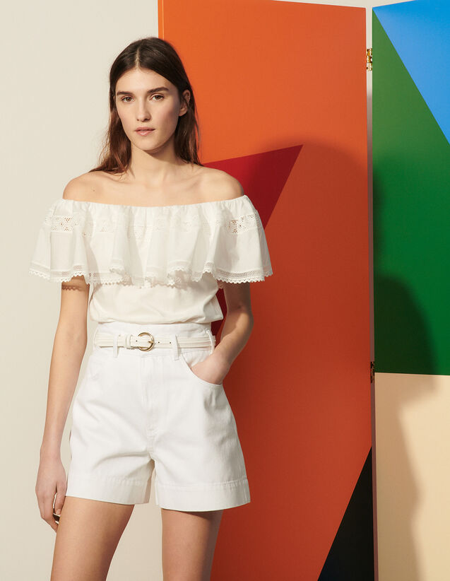 T-Shirt With Large Ruffle : T-shirts color white